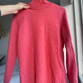 United Colors of Benetton sweater