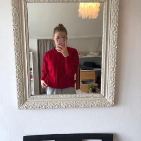 Rød sweater, uldblanding  God kvalitet og stand Str: xs-m