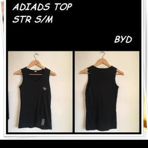 Adidas top str s/m byd