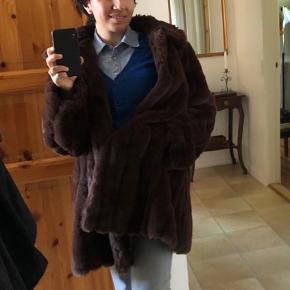 Falks Fur lang jakke, ingen problemer, falsk pels