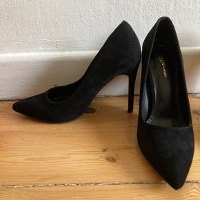 Tata Italia heels
