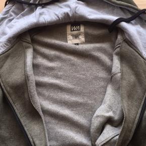 Super god ny hættetrøje fra WAPP