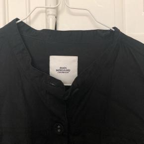 Mads Nørgaard skjorte / kjole.  Pæn stand