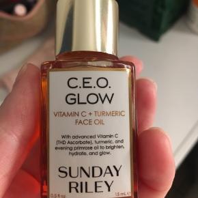 Fejlkøb aldrig brugt 🤦🏼♀️ supergodt produkt min hud er bare ikke til olier. Nypris 350kr Køber skal selv hente.