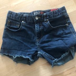 Afklippede shorts.. str 12 år, men passer nok i en yngre alder