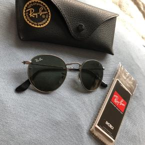 Ray-Ban solbriller round metal.