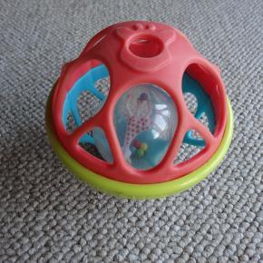 Sophie La Giraf Soft Ball der rasler, der er en kugle med  en giraf indeni - den er som ny, normalpris Kr. 140,-