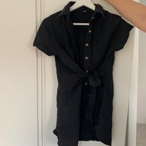 """Virkelig flot """"kjole"""" sælges"""