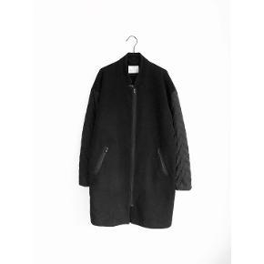 Rosemunde frakke