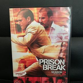 Hej! Jeg sælger denne dvd æske sæson 2 af Prison Break. Den er i yderst god stand og har ingen skrammer at se! Jeg sælger den til 10 kr.  Tjek gerne mine andre annoncer ud for en masse billige ting!