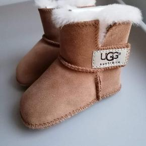 UGG Babysko