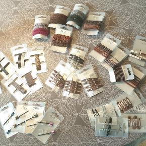 Helt nye hår elastikker/spænder/hårnåle.   Frit valg 3 for 70kr fragt gratis.