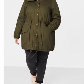 Ny jakke/ vinterjakke str L 50-52 fra zizzi. Kan hentes i Esbjerg eller sendes med DAO for 48kr