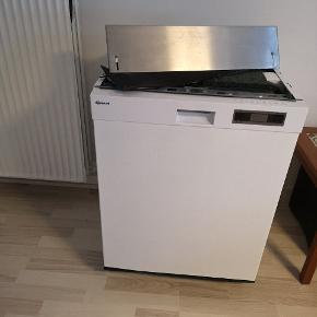 Rigtig god opvaskemaskine virker perfekt