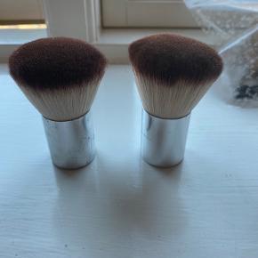 Tromborg makeup