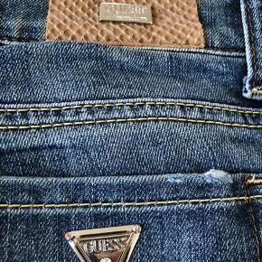 Guess jeans i str 27