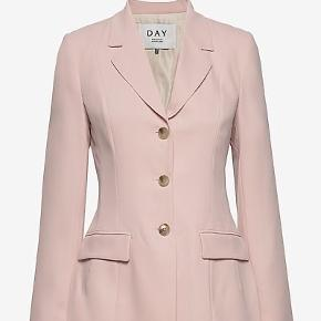 💚✨BYD ✨💚 Helt ny m tags, blazer fra Day Birger et Mikkelsen   Str: 38 I den fineste lyserøde/Rosa farve🎀🎀