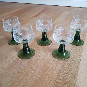 Rømer glas 5stk. H = ca 14cm. Sælges samlet