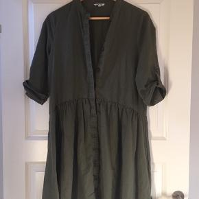 Fed ichi kjole - brugt få gange - ny pris 500,-