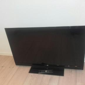 Grundig tv, 46 tommer, model VLE6239BH, har HDMI, USB, perfekt stand.
