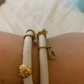 Endless Jewelry armbånd med guldbelagt vedhæng. Alle vedhæng medfølger