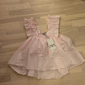 Fineste lyserøde top fra Zara. Stadigvæk med mærke. Byd:)