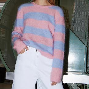 Stella Nova sweater