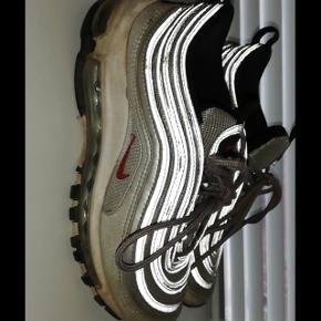Nike 97 silverbullets, beskidte men ikke slidte (vasker dem Self) BIN 900kr  Mp 600kr BYD BYD byd