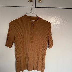 Mango t-shirt