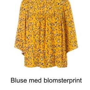 Varetype: Bluse Farve: Gul Oprindelig købspris: 699 kr.  Kan sendes med dao for 38,-