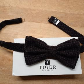 Tiger of Sweden anden accessory