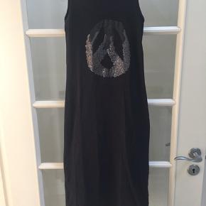 Super smart lang kjole fra Name It, brugt meget få gange, god stand
