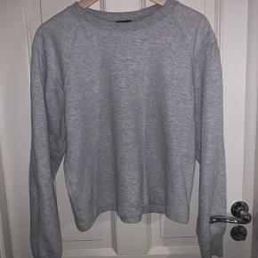 Episode sweater
