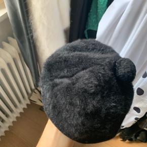 Sødeste vintage hat fra England🍓 perfekt til de kommende vintermåneder
