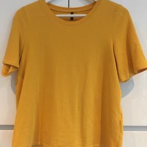 BYD Fine T-shirts i forskellige farver. Se også kommentarfeltet