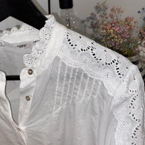 Co'couture skjorte hvid med blonder Brugt 1 gang og vasket  #30dayssellout