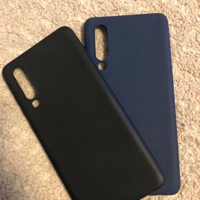 Sælger disse to covers til Huawei P30 Sælger dem, da jeg har fået en ny mobil.  De sælges seperat for 18kr stk, ellers sælges de samlet for 20kr  Mængderabat gives😉