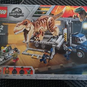 Ny Lego æske. Aldrig åbnet. Afhentes i Alslev mellem Varde og Esbjerg eller sender med DAO på købers regning.