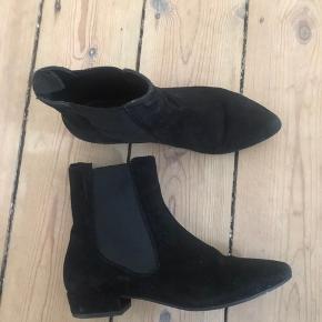 Vagabond støvler i str 37. Brugt få gange