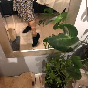 Super fine sko fra bianco🌸 Skoen er brugt få gange, men er gået til!  Jeg tager imod bud Køber betaler fragt☀️