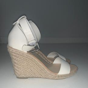 Amisu heels