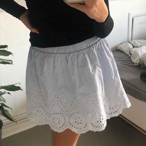 Nederdel fra cubus købt i Stockholm