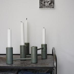 Segments candleholder fra TripTrap/Skagerak i blågrøn.  Nypris 600 kr.