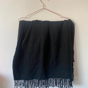 Weekday tørklæde