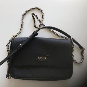 DKNY crossbody-taske