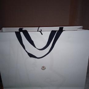 Moncler anden taske