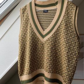 C&A vest