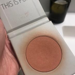 Miild blush i farven peach