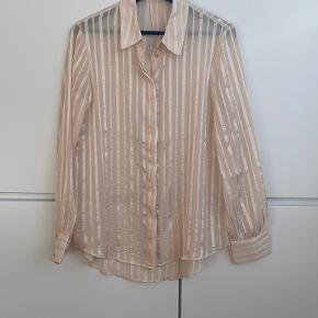 Mango Suit satin & Viscose stripped sheer rose gold shirt. Size M. Perfect condition, never worn.