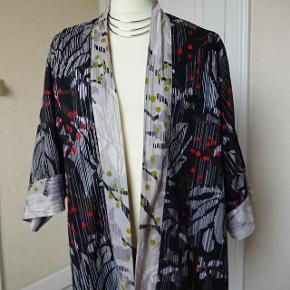 Gudrun Sjödén kimono